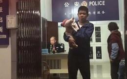 Trung Quốc: Giải cứu bé 10 ngày tuổi bị bố đem đi bán vì không phải con trai