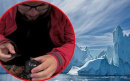 Đẳng cấp dân chơi sống ảo: Chế lens máy ảnh từ băng, cắt gọt 6 tháng rồi tan chảy trong 1 phút
