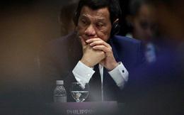 """""""Trốn họp"""" ASEAN để ngủ, ông Duterte bị tố né vấn đề biển Đông"""