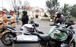 """Chốt chặn nhiều mô tô """"khủng"""" chạy 160km trên đường cao tốc"""
