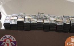 """Phát hiện """"bí mật"""" trị giá 174 tỷ đồng bên trong chiếc tủ cũ được mua với giá 500 USD"""