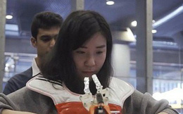 Bảo bối khi đi ăn buffet: Cánh tay robot tự biết bốc thức ăn cho vào miệng