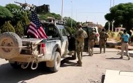 Hơn 100 xe quân sự cùng vũ khí Mỹ rầm rập tiến vào miền đông Syria làm gì?