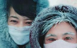 Người dân Trung Quốc 'hóa băng' trong đợt rét cực độ