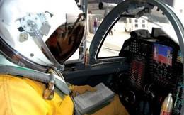 CIA hướng dẫn cách sinh hoạt để phi công bay 10 giờ liên tục không buồn đi vệ sinh