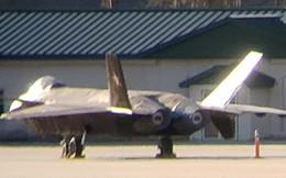 Vì sao máy bay J-20 của Trung Quốc bất ngờ xuất hiện ở Mỹ?
