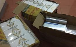 Bắt giữ xe khách chở gần 1.500 gói thuốc lá lậu