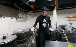 """Trùm xã hội đen Nhật Bản """"đi lên từ số âm"""", hoàn lương trở thành ông chủ quán mì udon"""