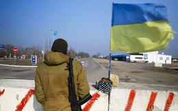 Dựng xong hàng rào ngăn biên giới Nga-Ukraina ở Crimea