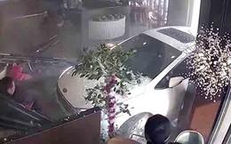 Lái xe trong khi say rượu, tài xế lao thẳng ô tô vào nhà hàng