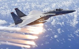 """Chuyên gia: Không quân Mỹ đang rẻ rúng vũ khí hoàn hảo có thể """"vít cổ"""" chiến đấu cơ Nga-TQ"""