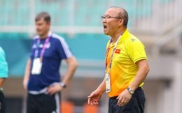 """Đánh bại Qatar, """"song sát"""" Iran khiến HLV Park Hang-seo phải đau đầu"""