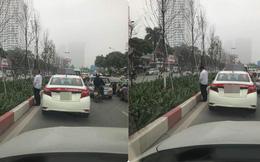 """Sáng thứ hai, hình ảnh diễn ra trên đường phố Hà Nội khiến tất cả """"nóng mắt"""""""