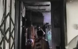Căn hộ vắng chủ ở chung cư Sài Gòn cháy dữ dội, cư dân tháo chạy tán loạn
