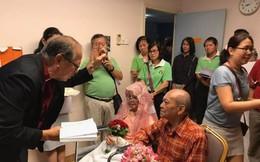 Cụ bà ung thư giai đoạn 4 hoàn thành tâm nguyện lấy chồng ở tuổi 76 trong bệnh viện