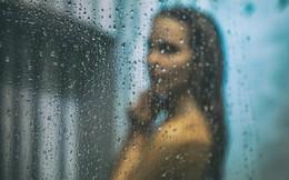 Vô tình phát hiện camera trong phòng tắm, cô giúp việc bàng hoàng khi biết đó là âm mưu của vợ chồng chủ nhà