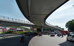 Cận cảnh cầu vượt 'giải cứu' kẹt xe ở cửa ngõ sân bay Tân Sơn Nhất