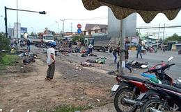 Hiện trường xe cộ nát bét, nằm la liệt sau vụ container mất phanh tông đoàn người chờ đèn đỏ