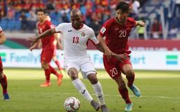 """Lee Nguyễn âm thầm theo dõi Asian Cup 2019, cặm cụi """"like"""" các hình ảnh của ĐT Việt Nam"""
