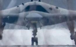 """""""Kẻ săn mồi"""" - Máy bay chiến đấu không người lái bí ẩn nhất của Nga lộ diện?"""