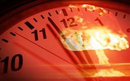 """Đồng hồ Ngày tận thế chỉ ở mốc 23 giờ 58 phút: Trái đất chỉ còn 2 phút trước """"thảm họa"""""""