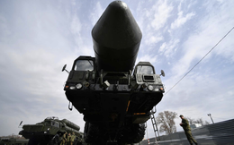 """""""Lì xì năm mới"""" được TT Putin ví có sức mạnh như thiên thạch: 1 mũi tên trúng nhiều đích"""