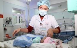 Sản phụ sinh con xong rồi bỏ đi, bệnh viện phải tự nuôi trẻ