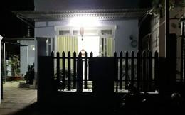 Chồng tá hoả phát hiện vợ chết trong tư thế treo cổ trước cửa phòng ngủ