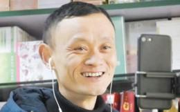 Chủ cửa hàng tạp hóa kiếm bộn tiền nhờ ngoại hình y chang Jack Ma