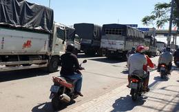 Ùn tắc kéo dài vì tài xế dừng xe phản đối thu phí ở BOT An Sương - An Lạc