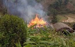 Phóng hỏa đốt nhà bố vợ rồi nhảy vào đám cháy tự thiêu