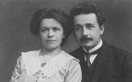 """Albert Einstein: Quan hệ lăng nhăng, cấm vợ """"gần gũi"""", bồ bịch rồi lấy luôn em họ"""