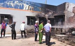 Cháy lớn tại cây xăng ở Long An, 2 người nhập viện
