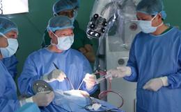 Lần đầu tiên tại châu Á, Bệnh viện Nhân Dân 115 mổ u não bằng robot chỉ mất 90 phút
