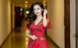 MC Thùy Linh xinh đẹp nhưng 32 tuổi vẫn than ế