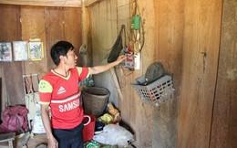 20 năm sống bên nhà máy thủy điện, cả thôn vẫn thắp điện... mặt trời