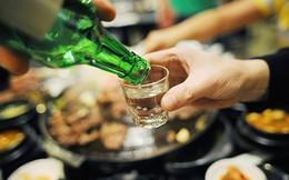 Chuyên gia chỉ cách uống rượu bia mà không tăng, hạ đường huyết đột ngột