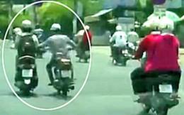 Nữ du khách ngoại quốc bị hai tên cướp áp sát, giật túi xách trên phố Sài Gòn