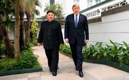 """Tổng thống Trump tiết lộ khoảnh khắc """"chia tay"""" ông Kim trong phòng họp kín ở Hà Nội"""