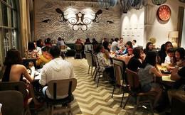 Tranh cãi câu chuyện quán cafe phụ thu 5 nghìn đồng ngày mùng 1 Tết, từ chối bán nước vì khách thắc mắc