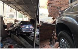 Tai nạn hy hữu gây xôn xao chiều nay: Nhân viên rửa xe đạp nhầm chân ga, đâm sập tường gara