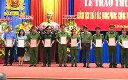 Bộ Công an khen thưởng 17 đơn vị trong chuyên án 218LP thu giữ hơn một tấn ma túy