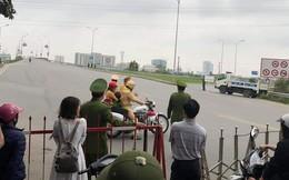 CSGT dùng mô tô đặc chủng đưa cháu bé đi cấp cứu khi đường bị cấm phục vụ đoàn xe chở Chủ tịch Triều Tiên