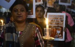 Cô gái bị hàng xóm cưỡng hiếp, châm lửa thiêu sống gây rúng động Ấn Độ