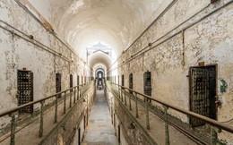 Ảnh: Rợn người những nhà tù bị bỏ hoang như trong phim kinh dị