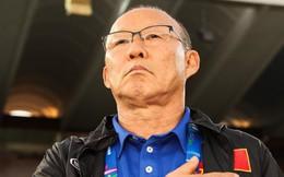 """Sợ thầy Park hết hợp đồng, """"sếp"""" bóng đá Việt đang nhồi nhét chỉ tiêu?"""