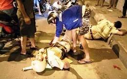 Nam thanh niên dùng kéo tấn công 2 công an bị thương ở Sài Gòn