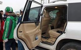 """""""Ngụy trang"""" lái xe Grap, thanh niên 8X đập kính Lexus trộm đồ hàng trăm triệu"""