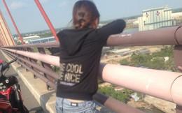 Thượng úy công an nắm chân, kịp thời cứu thiếu nữ 18 tuổi định nhảy cầu Cần Thơ tự tử