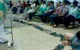 Thực hư bức ảnh xếp dép dài dằng dặc chờ khám tại bệnh viện Bạch Mai